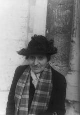 alice_b-_toklas_by_carl_van_vechten_-_1949